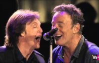 Paul-McCartney-Bruce-Springsteen-I-Saw-Her-Standing-There-Twist-And-Shout